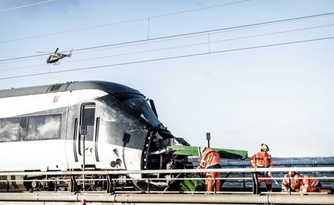 Инцидент на жп мост в Дания, 6 души загинаха