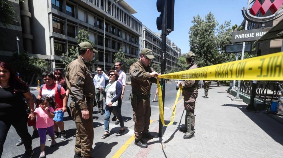 Петима ранени при взрив на автобусна спирка в Сантяго