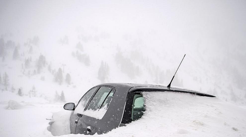 Лошо време, силен снеговалеж и транспортен хаос в Германия и Австрия