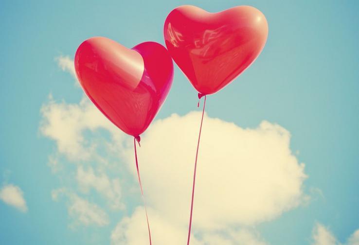 любов романтика сърца