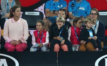 Федерер: Момчетата ми се интересуват повече от тенис, момичетата не толкова