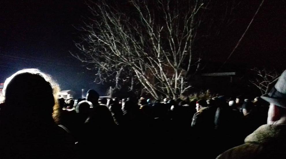 Хиляди хора се събраха на митинга във Войводиново