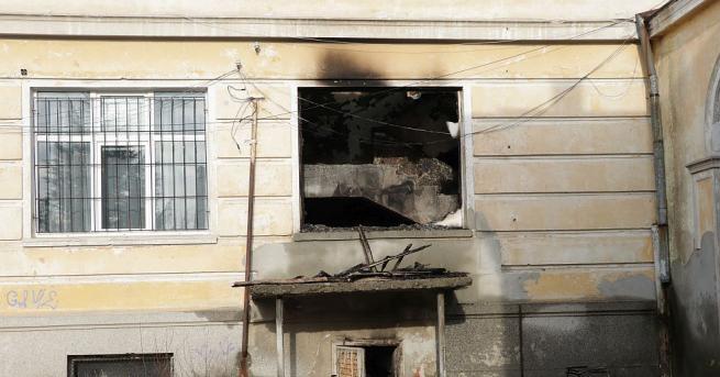 Пожар в сградата на кърджалийската Професионална гимназия Васил Левски наложи