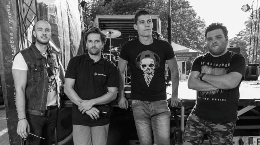 """Изгряващата група KASHMIR… или какво означава """"рок за душата"""""""