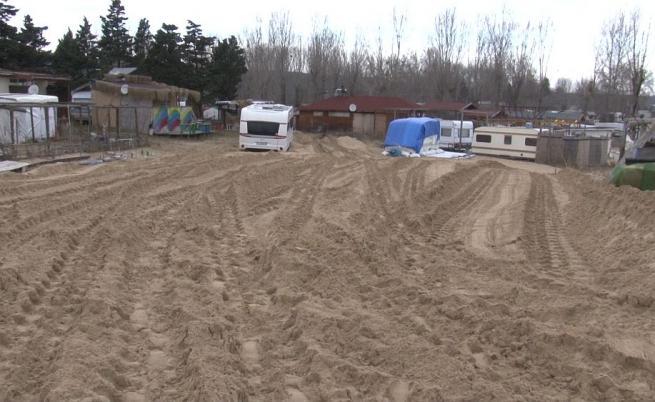 Двама с повдигнати обвинения за унищожените дюни