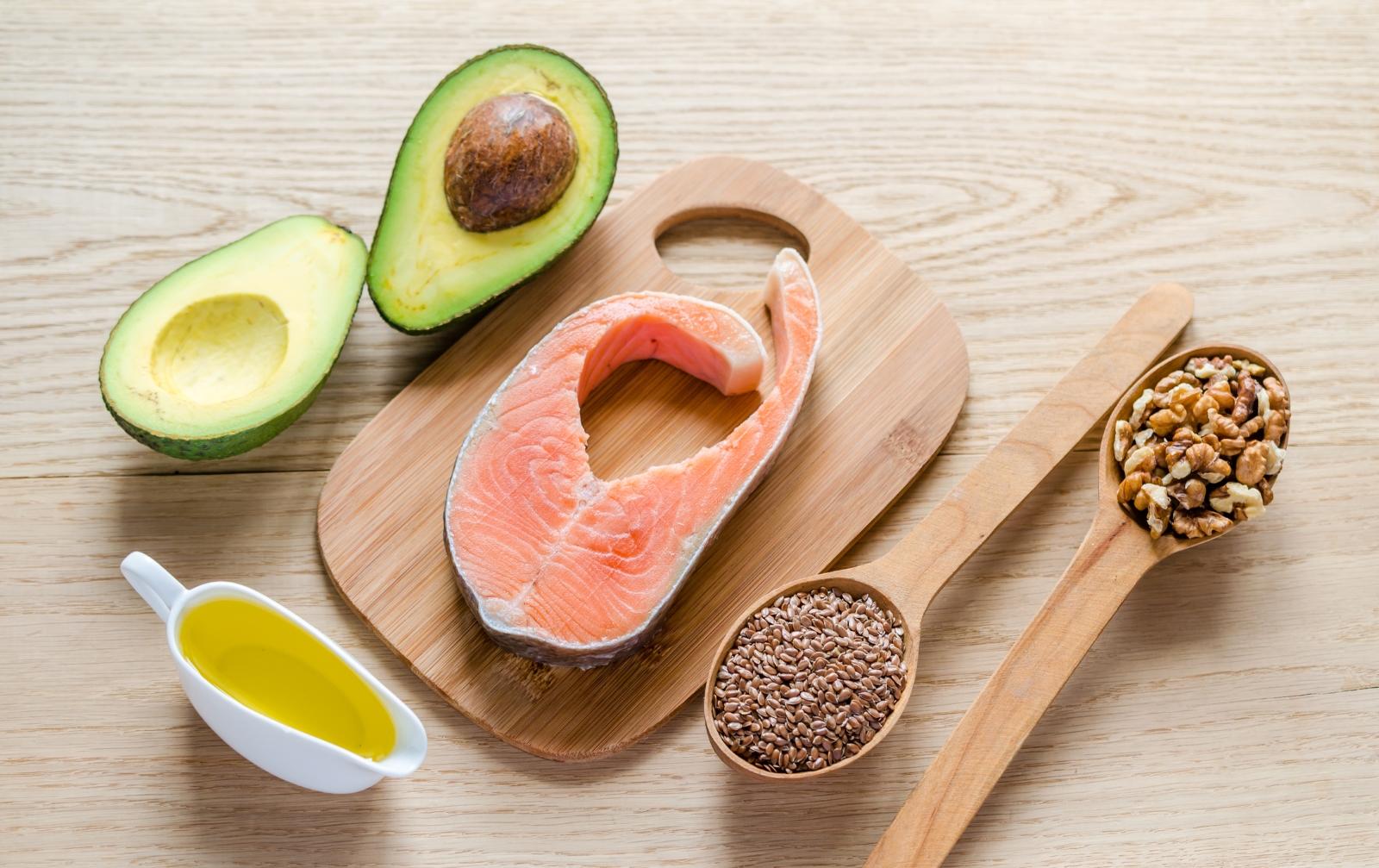 Пескатерианство. Това е една от най-разпространените форми. Означава, че освен зеленчуци, се яде и риба.