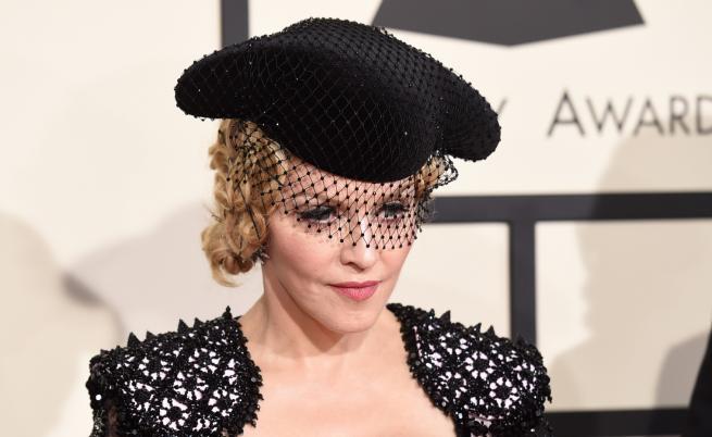 Мадона с първа поява след като скандализира с външен вид