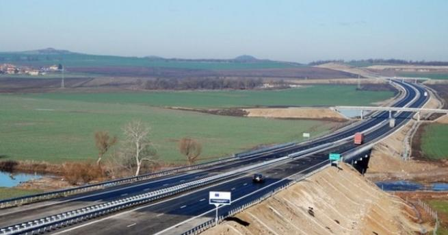 Три кражби са осъществени през денонощието на магистрала