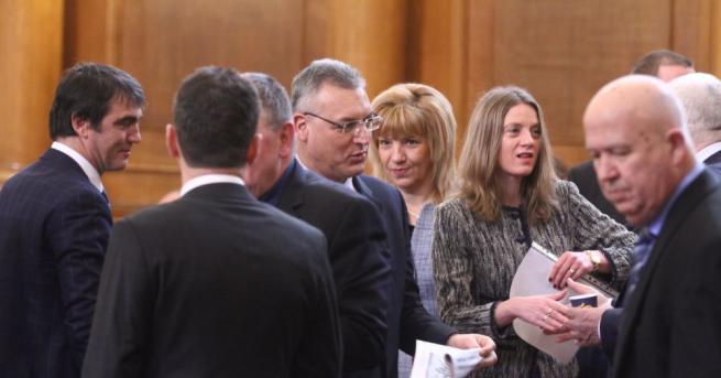 Парламентът отхвърли на първо четене предложените от БСП законови промени
