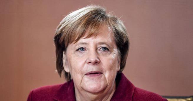 Снимка: Меркел: Все още има време да преговаряме за Брекзит