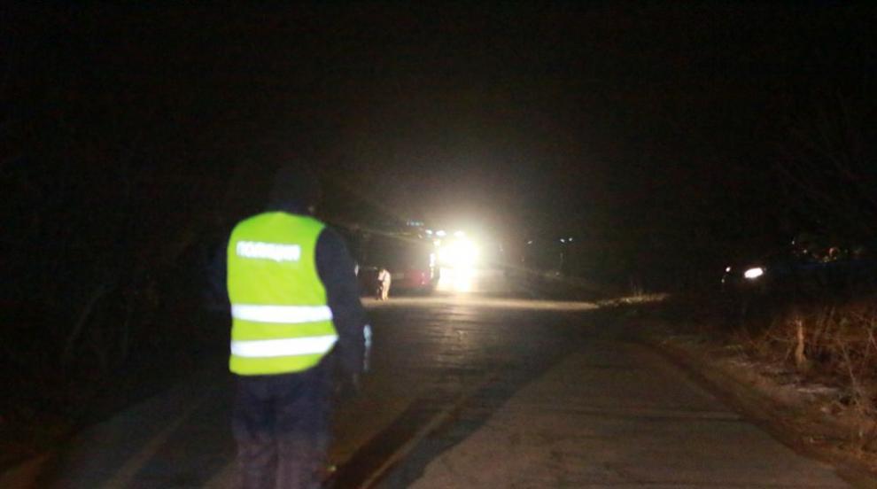 15-годишно момче пропадна в заледен водоем край Пловдив, водолази търсят...