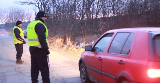 Снимка: Задържаха избягалия от полицейската гонка в Старозагорско