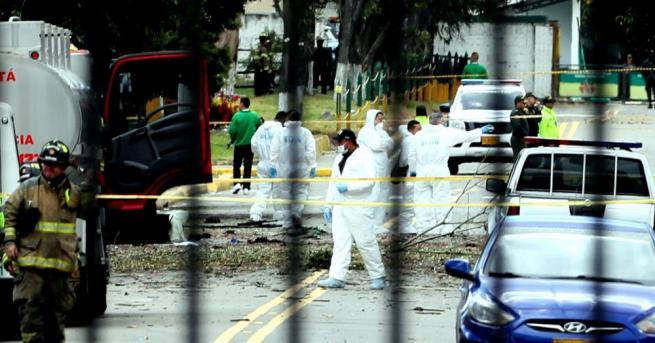 Снимка: Броят на убитите при атентата в Богота достигна 21