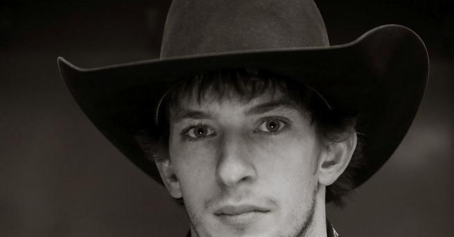 Един от най-добрите ездачи на бикове в света - Мейсън