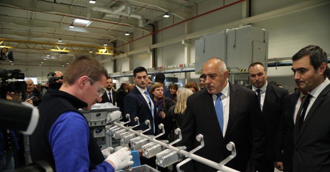 Откриха завода за автомобилни фарове край ДимитровградНов завод бе открит
