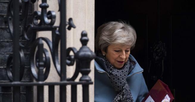 Британската премиерка Тереза Мей заяви в парламента, че опитите на