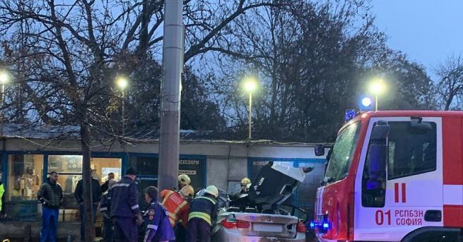 """Тежка катастрофа стана на столичния булевард """"Сливница"""", преди кръстовището с"""
