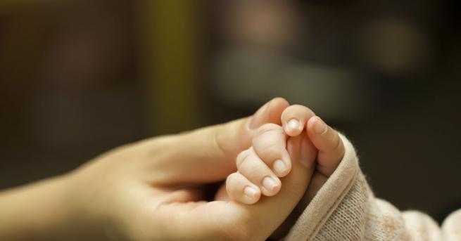 Момче на една година е починало от усложнение от вирусна
