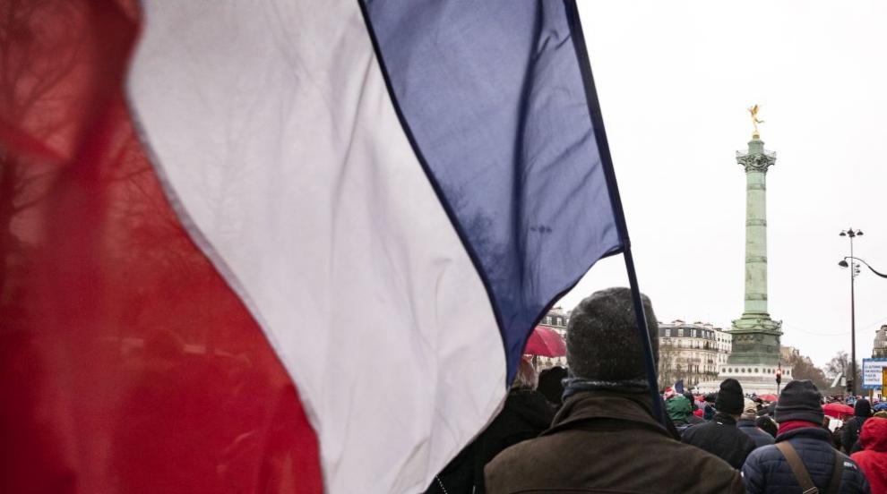 Трети ден продължават стачките във Франция (СНИМКИ)