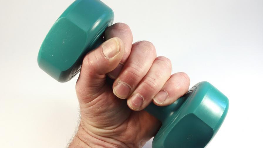 """<p>Най-добрите <span style=""""color:#FF8C00;"""">упражнения за възрастта ви</span></p>"""