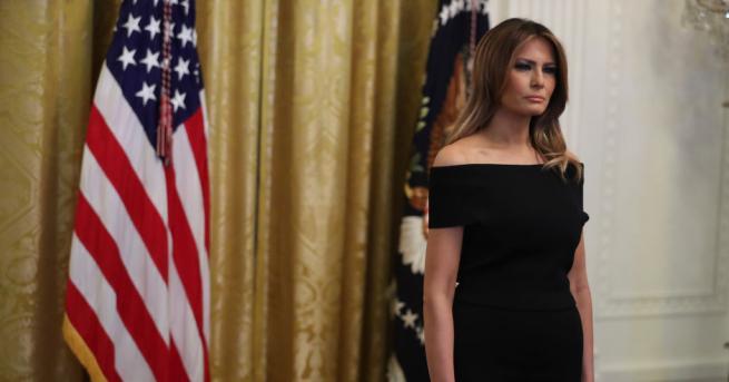 Първата дама на САЩ Мелания Тръмп отдаде почит на световноизвестния