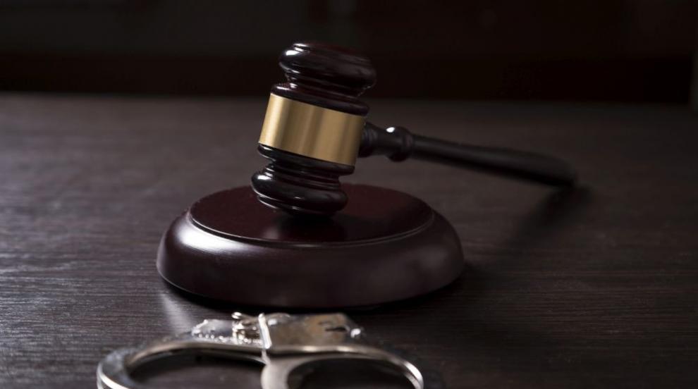 Пиян шофьор с 20 акта за нарушения даде 50 лв. на полицаи