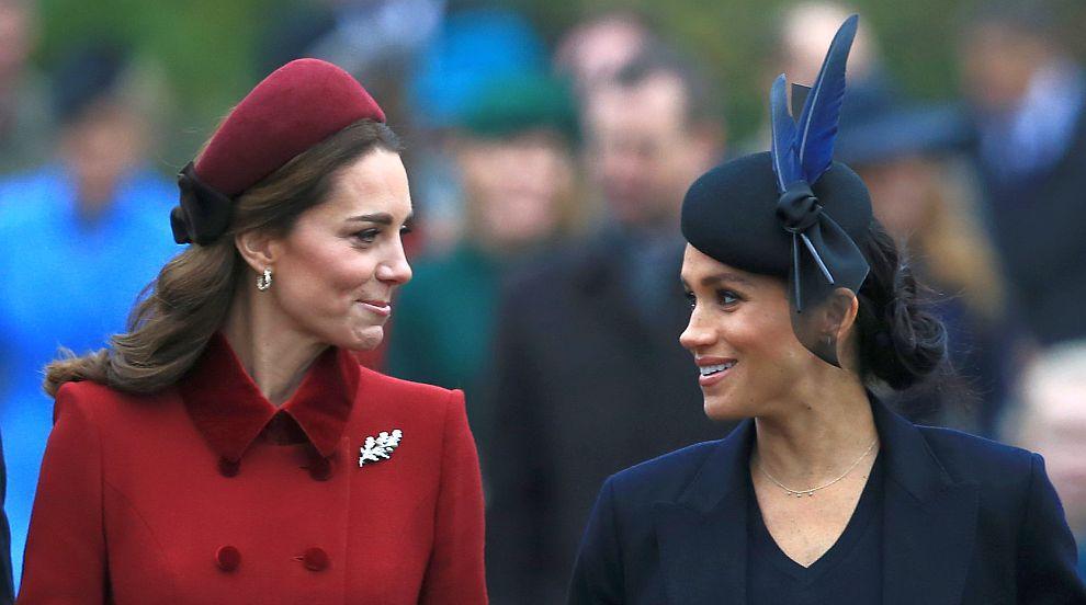 Сексизъм и расизъм срещу херцогините Кейт и Меган заляха Instagram