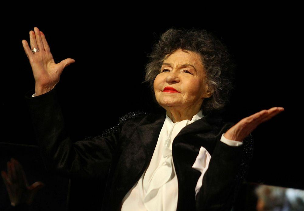 Стоянка Мутафова на 97 години