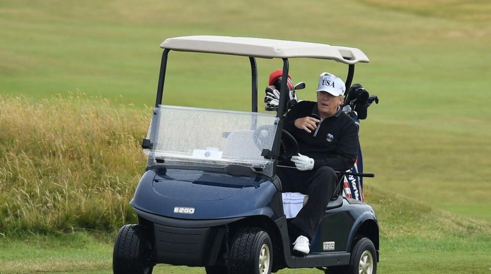 Президентът Тръмп игра голф с Тайгър Уудс и Джак Никлаус (СНИМКА)