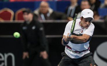 Адриан Андреев вече е на четвъртфиналите в Анталия