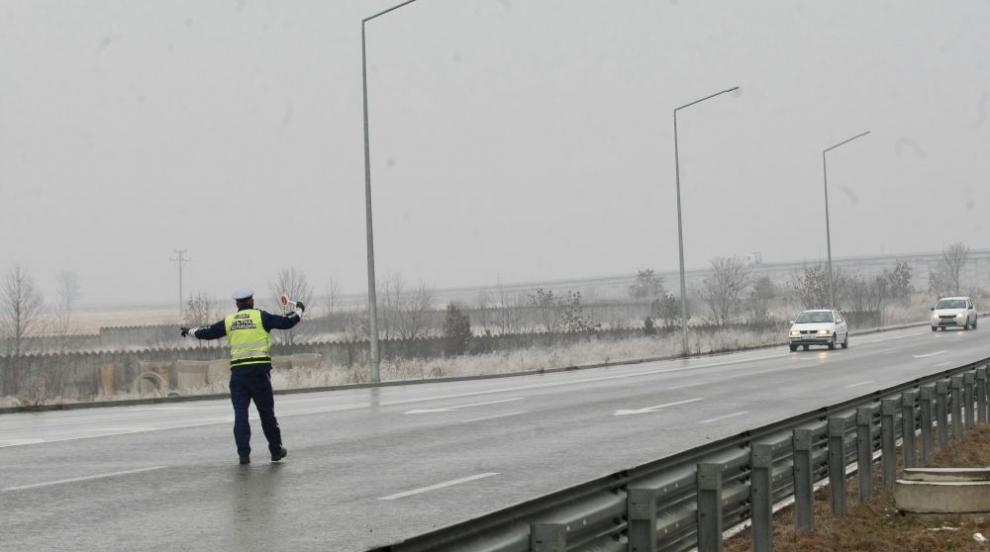 """Над 20 автомобила се удариха на магистрала """"Струма"""" (ВИДЕО)"""