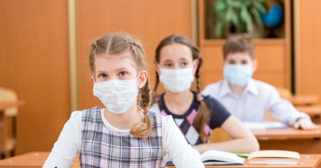 В грипна ваканция излизат от утре учениците от общините Карлово,