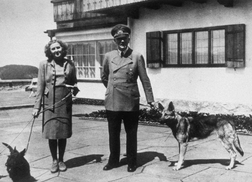 Ева Браун - жената в сянка до Адолф Хитлер - Известни - Edna.bg