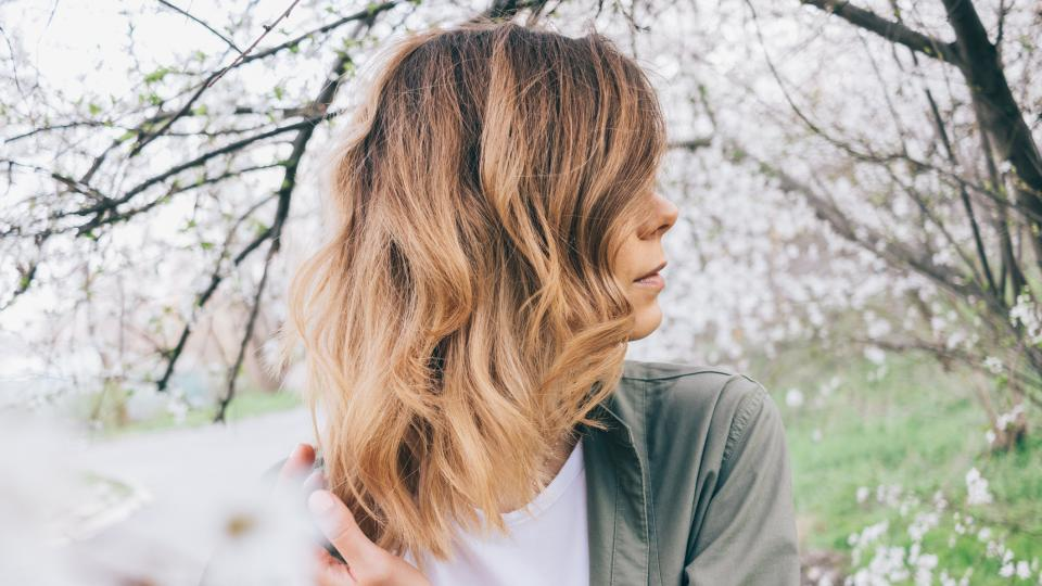 жена коса