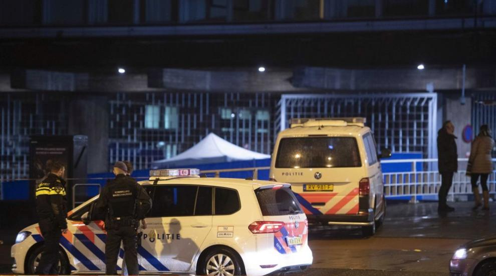 Застреляният от амстердамската полиция мъж размахвал пистолет играчка