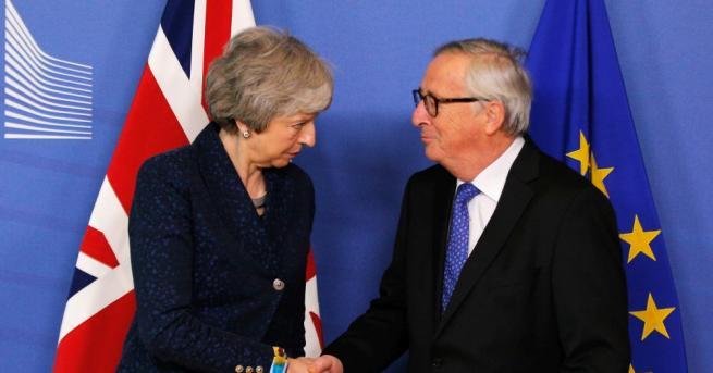 Снимка: Юнкер отново се среща с Мей за Брекзит