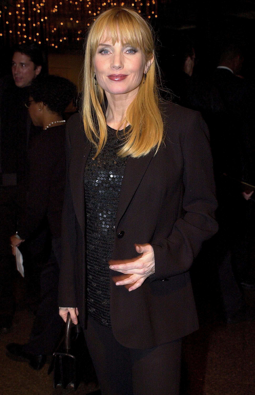 Ребека де Морни през 2001 г.