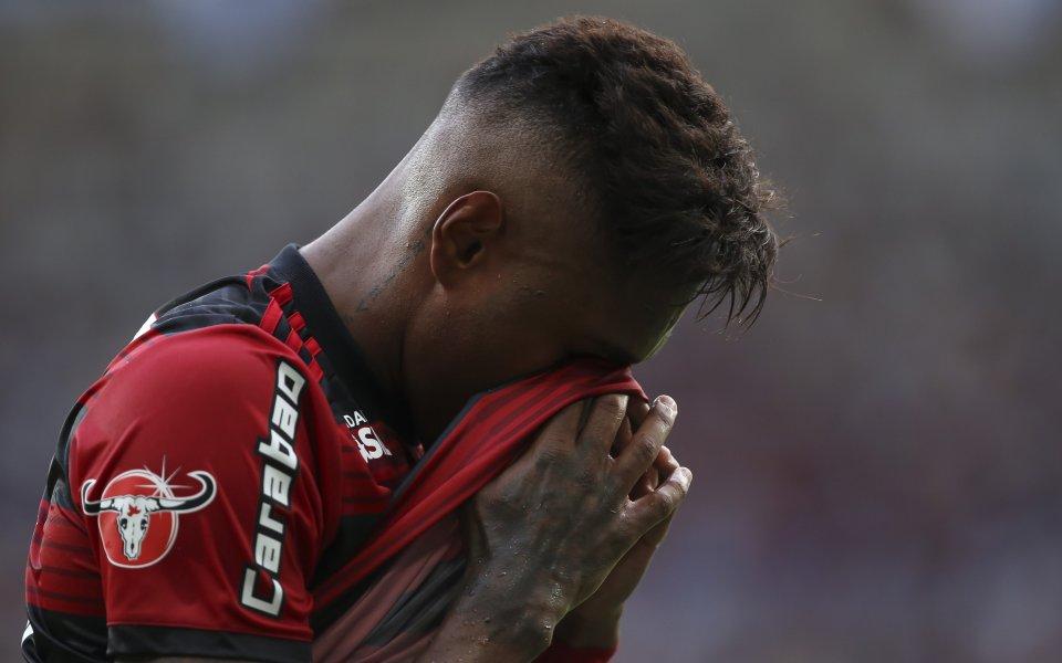 Футболните звезди се обединиха в тъгата за трагедията на Фламенго