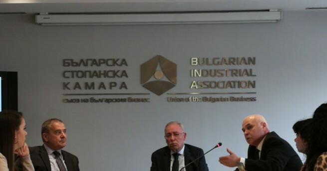 65% от участниците в проучване на Българска стопанска камара (БСК)