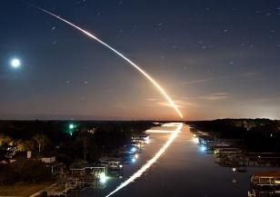 Ярък метеор прелетя над Флорида и Бахамите