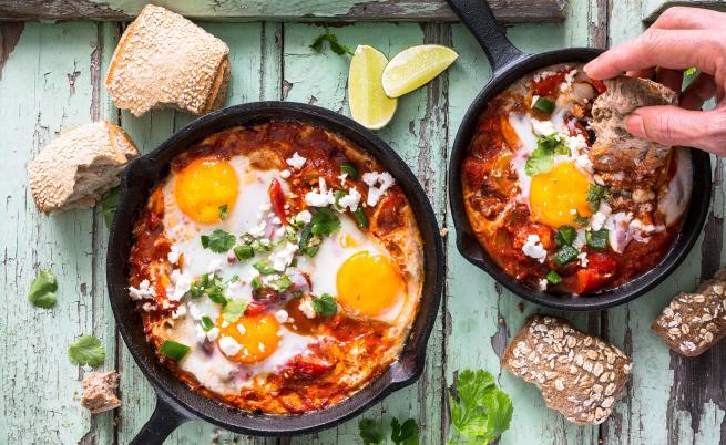Шакшука -  рецепта с яйца, която ще ви стане любима