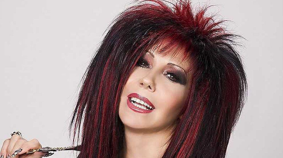 Петя Буюклиева: Искам да пея, независимо дали излизам...