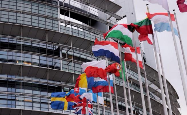 ЕП отлага за 1 април гласуването по пакет