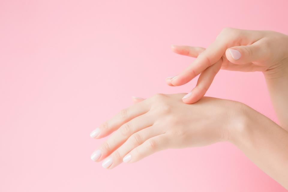 женски ръце