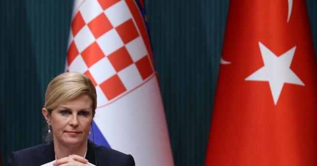 Снимка: Президентът на Хърватия Колинда Грабар Китарович била в болница, правили й преливания