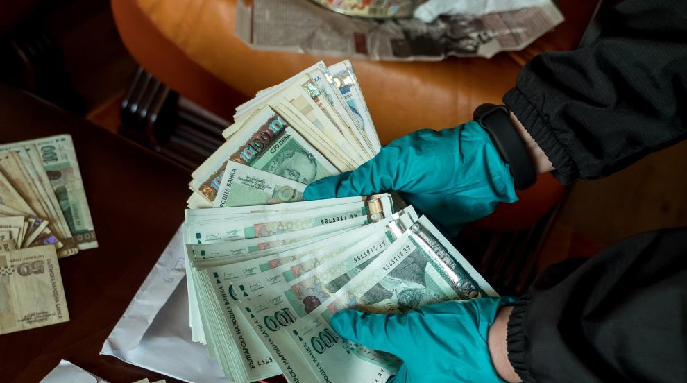 ТЕЛК далаверата във Варна: 1,7 милиона лева, открити в банкови касети...