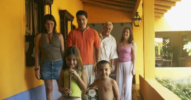 Снимка: Основните храни за семейство във Венецуела за месец поскъпнаха с 242%