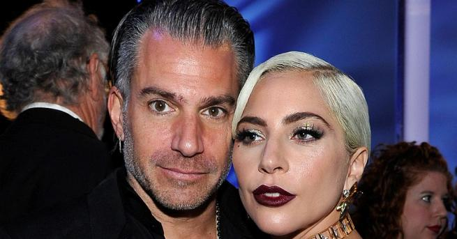 Снимка: Лейди Гага се раздели с годеника си Крисчън Карино