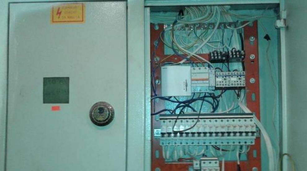 ЕВН: Няма краден ток в махалата във Войводиново