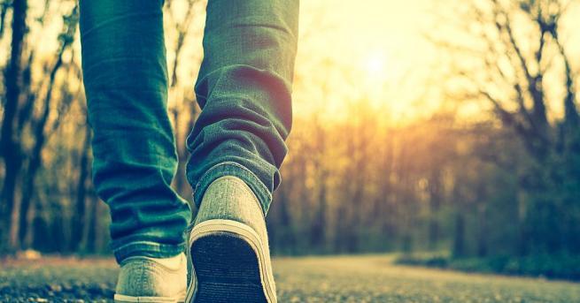 Тридесетминутното ходене сутрин може да понижи кръвното налягане у хората